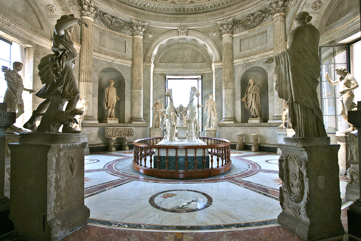 The Vatican Museum, Sistine Chapel and St Peter's Basilica Skip-The-Line Guided Tour – Private Tour in Spanish